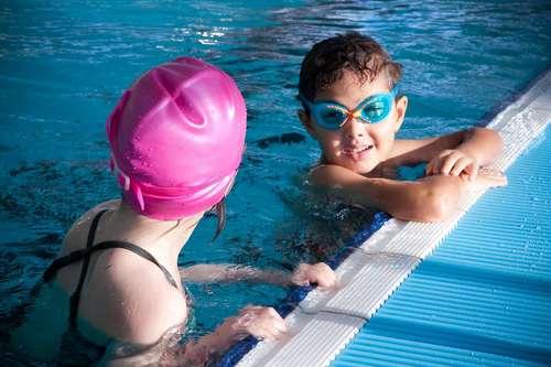 COVID 19 : piscine et patinoire en accès restreint au public prioritaire